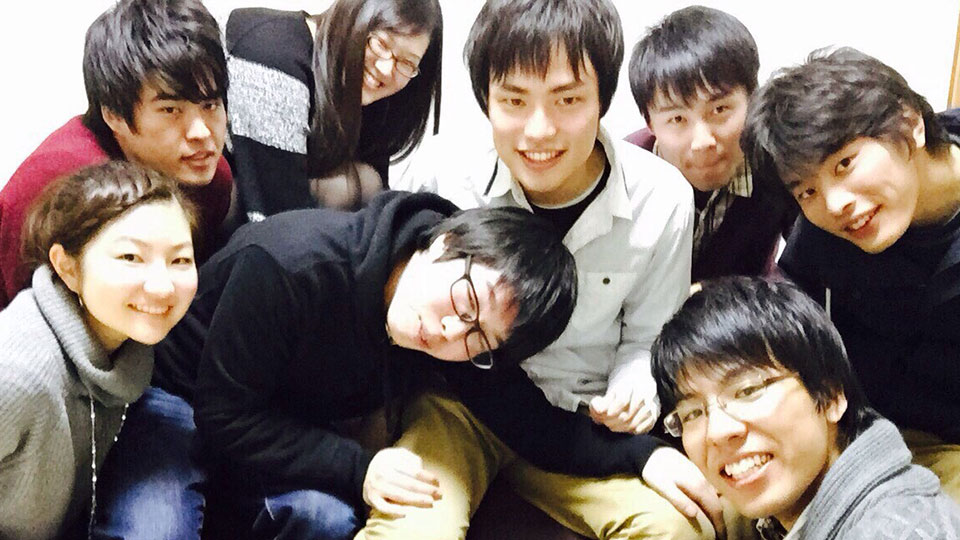 KDSメンバーとよーだくん(右下)。楽しそう!
