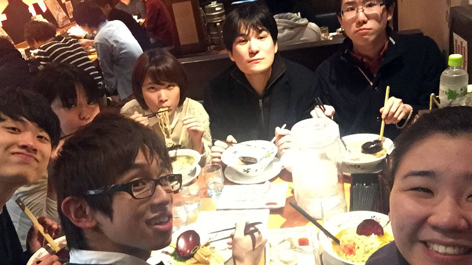 みんなでご飯食べました!