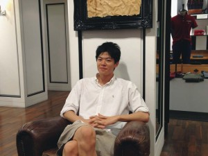 Sho posing at the clothing shop in Seoul