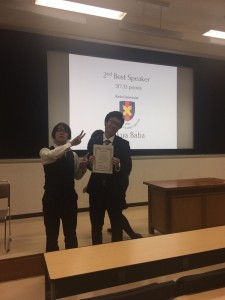 Gov. Opp.しくった某KDSのエース。2nd Best speaker おめでとう!